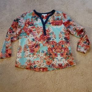 Dress barn large floral long sleeve top